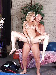 Brandi Love is refreshing her student on how to stretch and get the most out of a workout. She pulls and stretches his muscles until he�s ready for some high impact action Floor Brandi gets to work out his love muscle!!