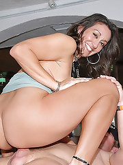 I banged a hot greek hostesss at a restaurant in these hot big tits milf vids
