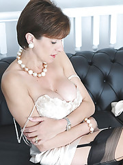 Lady sonia in sexy satin lingerie