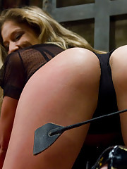 Pussy Spanking