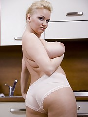 Creamy boobs in the kitchen