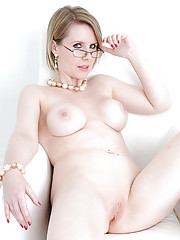 British mature hotwife angela naked