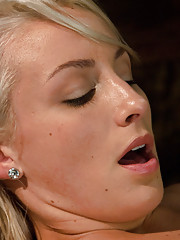 Tight body Blond, stretched open for robot cock shows off her tight abs and perfect tits -a good deep pounding makes her pussy creamy with pleasure.
