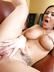 Jayden Jaymes had a hard day at work and the last thing she wanted to see was her friend�s brother acting like a slob in her kitchen.  Jayden can forgive his mistakes if he can pull it together and pop on her face!!