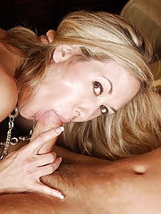 Brandi Love ordered a new mattress and had the delivery guy bring it up a few flights of stairs. Even though he was only supposed to deliver the mattress, Brandi makes him deliver his package in her tight pussy!!