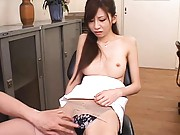 Rino Tomoa pantyhose torn by her boss to expose her curvy ass
