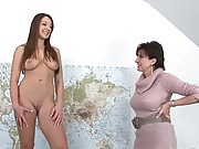 British milf getting off with vibe