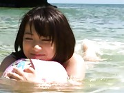 Haruka Itoh is naked at the beach and very horny