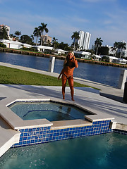 Amazing super hot ass fucking blondie tanning at the marina gets picked up for some hot fucking hot amateur cam footage