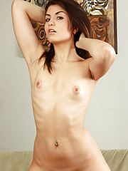 Check out this alluring babe Isabel as she gets horny and brags her starving pussy on her bed