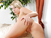Blonde Nubile temptress plays with her shaved pussy