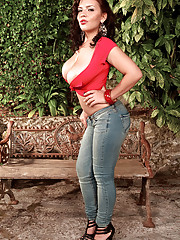 Big Tits in Jeans