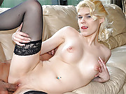 A horny blonde bangs her old bald boyfriend
