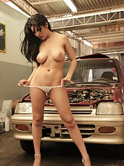 Natalia Spice stops by the car shop and works her sexy body to get what she wants
