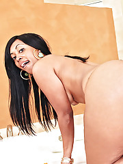 Banging hot big round ass black babe drilled hard in this hot ameteur pic set