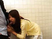 Buruma Aoi´s pussy is teased in a public bathroom
