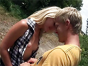 Horny runner screwing lonely girl near a road