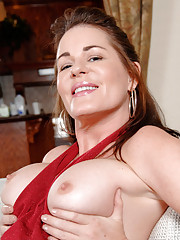 Anilos cougar strips off her dress and satisfies her pussy with a magic wand toy