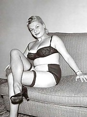 Horny vintage model babes posing in fifties