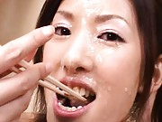 Rei Shina enjoys lunch after enjoying cum on her happy face