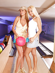 Two hot bowling lesbians shagging publicly