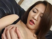 Yuki Touma Pretty babe in black lingerie shows off sexy tits