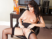 Natural Anilos Leah slips off her business suit and masturbates