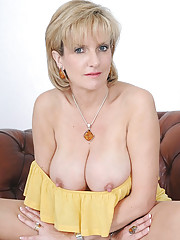 Stunning uk mature babe lady sonia