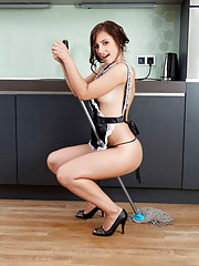 Nubile Victory will definitely be hired as a maid in her naughty outfit