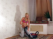 Hotshot screwing a teenage blonde doggystyle