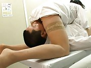 Natsumi Kitahara doctor in nylon stockings in 69 sex with patient