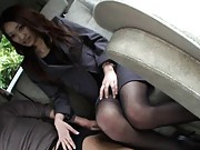 Yuu Kanda Asian in sexy office outfit sucks shlong in limousine