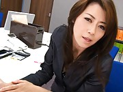 Maki Houjo Asian fucking her hairy coochie with dildo at office