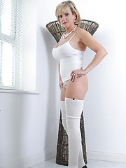 Perfect ass mature in leg warmers