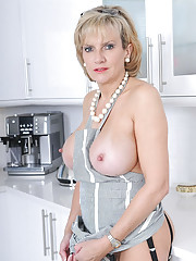 Incredible mature hotwife at home