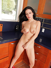 Tempting Anilos chef Angelica Raven masturbates in her kitchen
