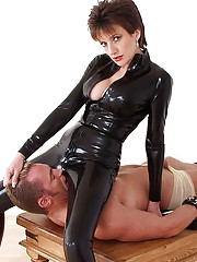 Lady sonia rubber catsuit mistress