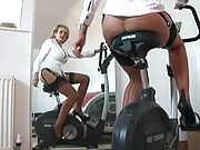 Awesome milf ass on exercise bike