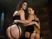 Latex Big Ass girl anal fisting and hard domination with rough sex!