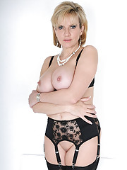 Amazing busty mature in lingerie