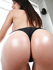 Hot brunet huge ass gest banged in the shower perky tits sexy body