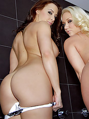 Huge tits molly and chanel finger fuck ass lick pussy fuck hot lesbian sex pics