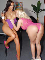 2 fine ass tight leggings lesbians fucked hard in these hot pics