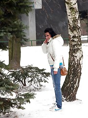 Hot teenage girl playing in the snow fucked