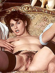 Hairy seventies lady pleasing two cocks anal