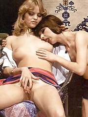 Two retro lesbians playing dirty sexual games