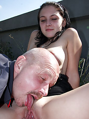 Teenager banging an old horny guy outdoors