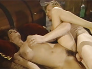 Screwing retro hottie doggystyle and jizzing