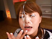 Akiho Yoshizawa can not open her eyes from cum she gets on them