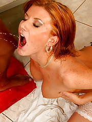 Dude enjoys pissing in her mouth for pleasure